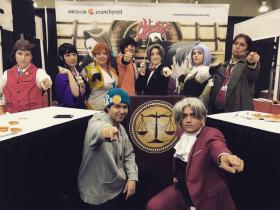 Phoenix Wright from Apollo Justice: Ace Attorney worn by EMP_Maniac