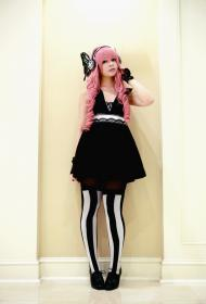 Megurine Luka from Vocaloid 2 worn by Crowkidd