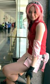 Sakura Haruno from Naruto worn by Plumderp Cosplay
