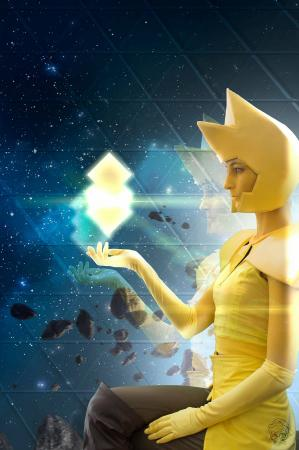 Yellow Diamond from Steven Universe worn by Flare