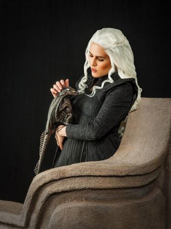 Daenerys Stormborn of House Targeryen from Game of Thrones worn by Esuna